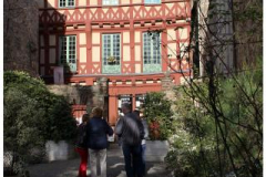 (13) Entre Cours & Jardins